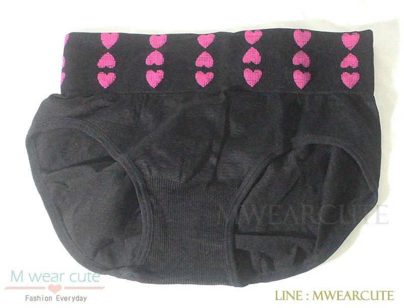 กางเกงในเอวสูง กางเกงในขอบใหญ่ ลายหัวใจเล็ก สีดำ