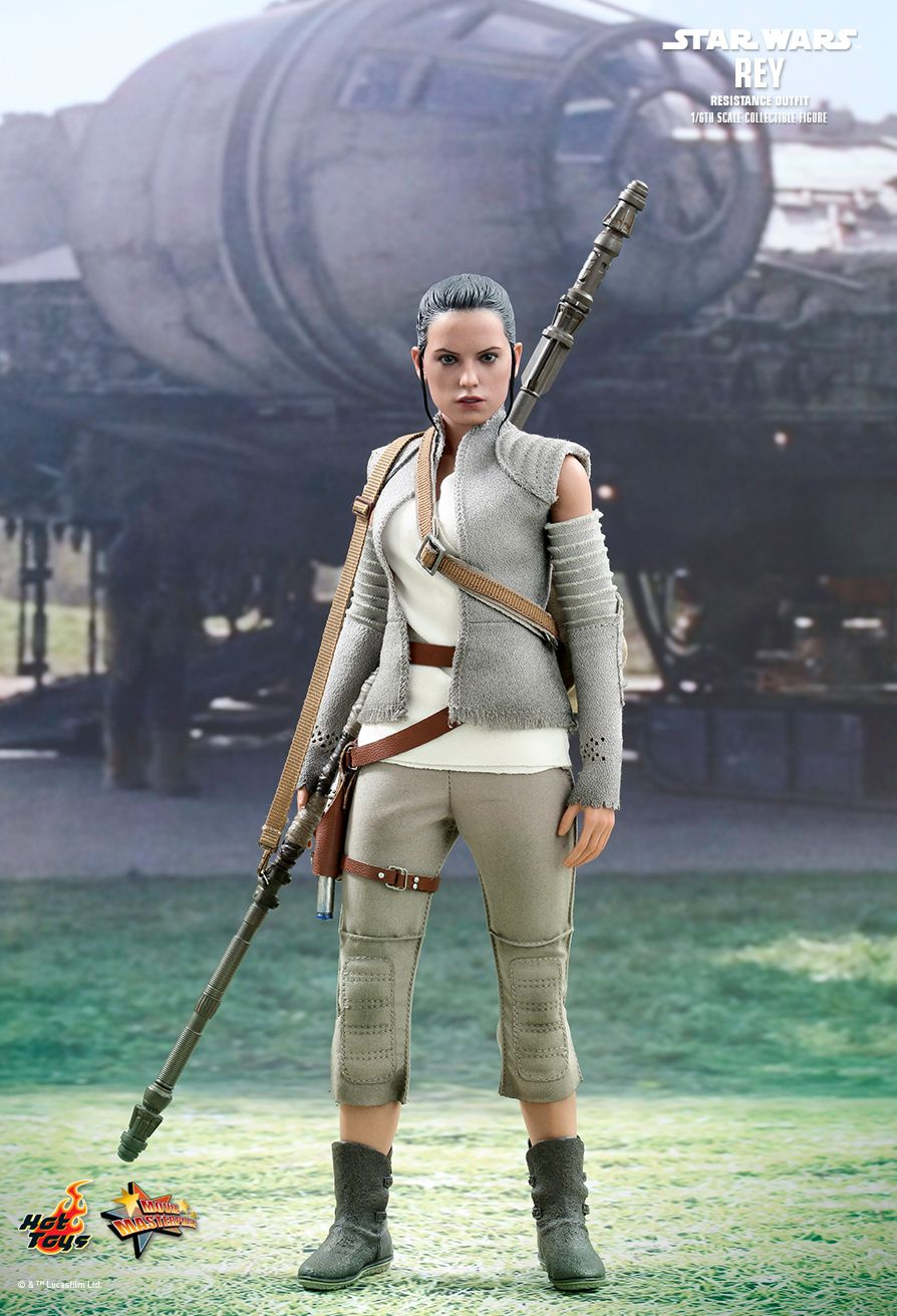 Hot Toys MMS377 STAR WARS: THE FORCE AWAKENS - REY (RESISTANCE OUTFIT)