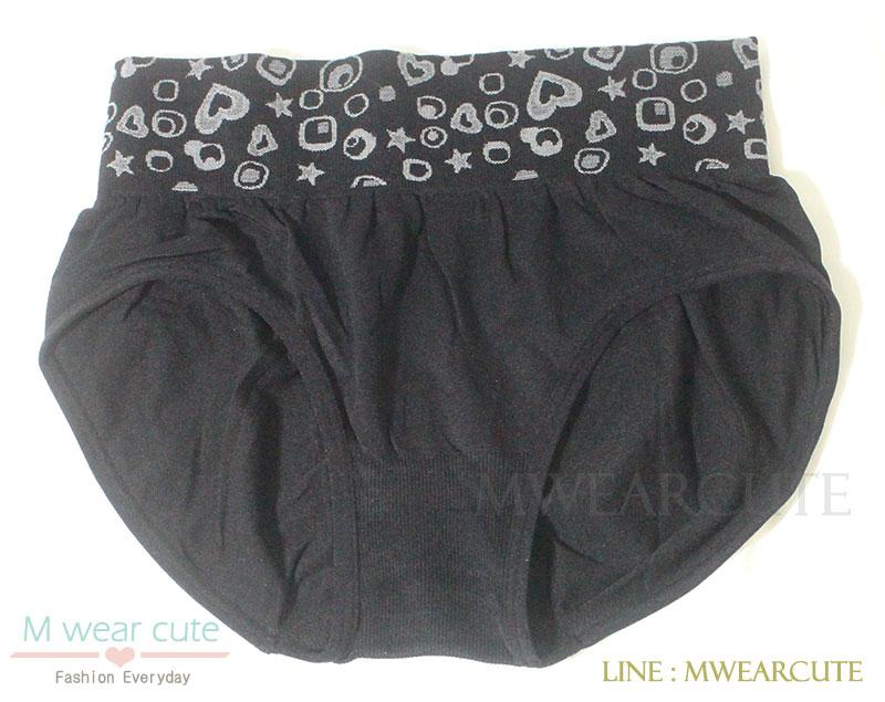 กางเกงในเอวสูง กางเกงในขอบใหญ่ ลายหัวใจ สี่เหลี่ยม สีดำ