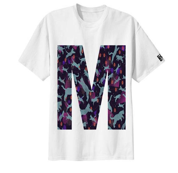 เสื้อยืด ลาย ตัวอักษร M