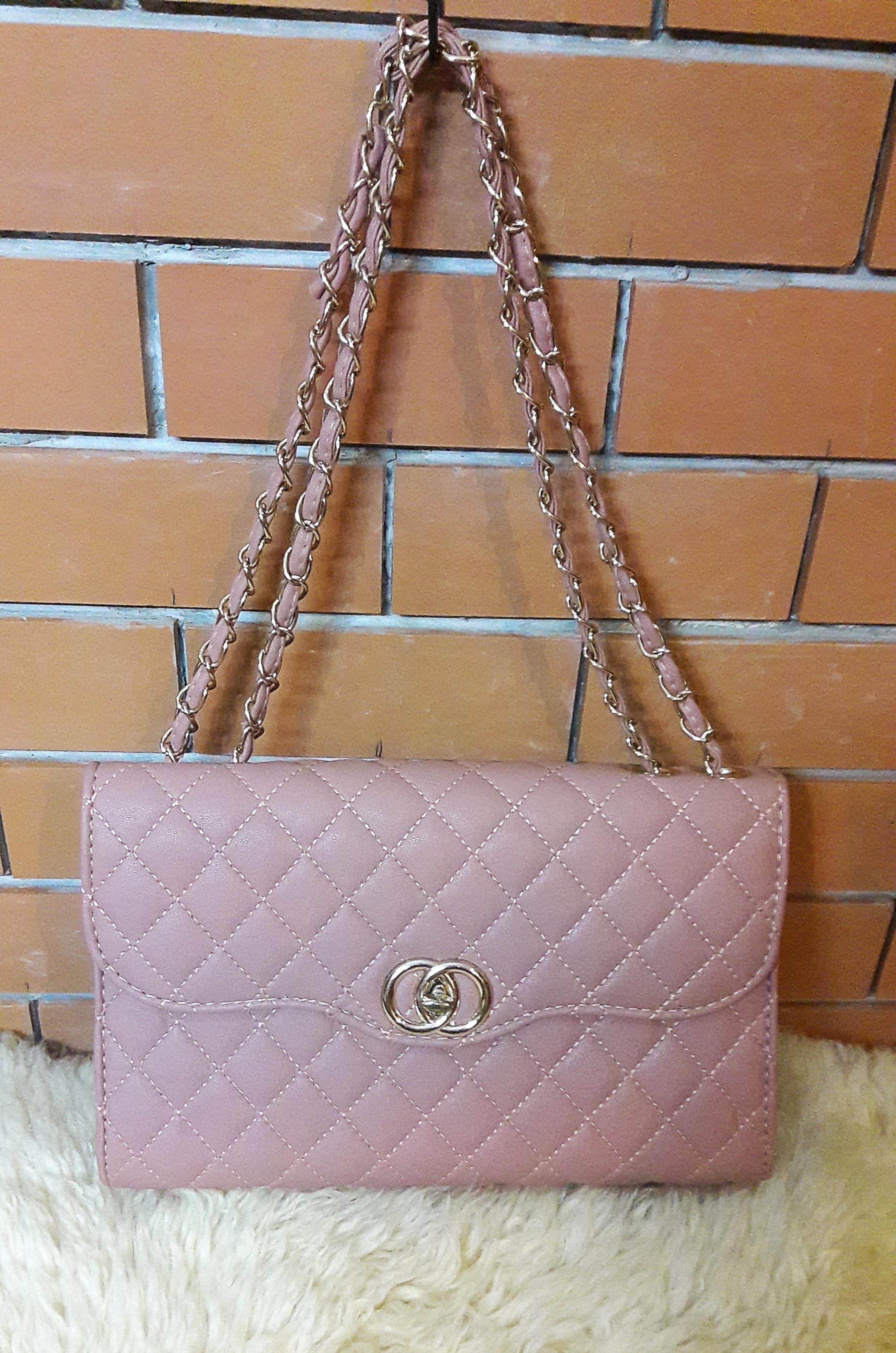 BAG057 กระเป๋าสะพายสีชมพู สวยๆ (มือ2 สภาพดี)