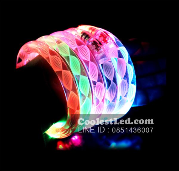 กำไลข้อมือเรืองแสง มีไฟ LED กระพริบ