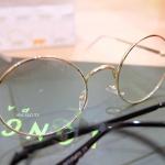 แว่นตากรอบแว่นทรงกลมวินเทจสีทอง