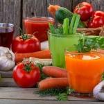 4 น้ำผักผลไม้เพื่อสุขภาพสำหรับผู้ป่วยโรคความดันโลหิตสูง