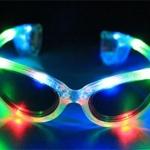 แว่นตาเรืองแสงมีไฟ LED กระพริบ 3 โหมด แบบใส มีเลนส์กันแดด มีไฟ 3 สี