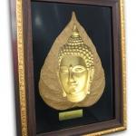 พระมองตาม ศิลปะหินทราย หน้าพระ พระหันหน้าได้ ทรายสีทอง ขนาด Size 21x27x5 cm. Price ราคา 1,600 บาท.