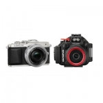 OLYMPUS PEN E-PL7-1442EZ (14- 42 LENS KIT) + UW HOUSING (PT- EP12)