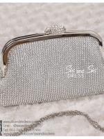 bs0012 กระเป๋าคลัช สีเงิน กระเป๋าออกงานพร้อมส่ง ราคาถูกกว่าเช่า แบบสวยๆ ดูดีเหมือนดาราใช้