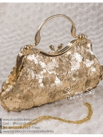 bs0014 กระเป๋าคลัช สีทอง กระเป๋าออกงานพร้อมส่ง แบบสวยๆ ดูดีเหมือนดาราใช้ บริกาให้เช่ากระเป๋าออกงาน เครื่องประดับออกงาน