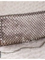 bs0017 กระเป๋าคลัช สีน้ำตาล กระเป๋าออกงานพร้อมส่ง บริกาให้เช่ากระเป๋าออกงาน เครื่องประดับออกงาน แบบสวยๆ ดูดีเหมือนดาราใช้
