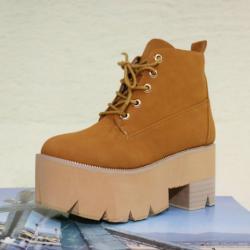 [มี2สี] รองเท้าบูทสั้น ส้นตึก แฟชั่นหนัง PU ร้อยเชือก สไตล์คาวบอย