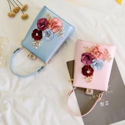 [มีหลายสี] กระเป๋าถือ+สะพาย แฟชั่นหนัง pu ทรงสี่เหลี่ยม ปักดอกไม้สวยหรู