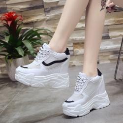 [มี2สี] รองเท้าผ้าใบเสริมส้น แฟชั่นหนัง pu ตาข่าย ทรงสวยสไตล์เกาหลี ส้นสูง 5 นิ้ว