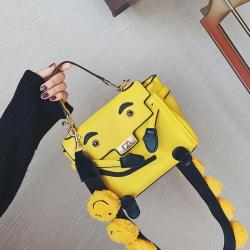 [มี2สี] กระเป๋าถือ+สะพาย แฟชั่นหนัง PU ทรงสี่เหลี่ยใ รูปหน้า สายสะพายรูปหน้ายิ้มสีเหลืองสดใส