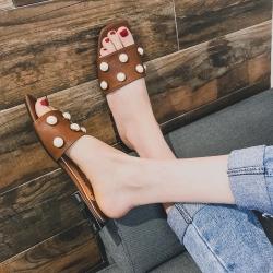 [พร้อมส่ง] รองเท้าแตะส้นเตี้ย แฟชั่นหนัง pu สีน้ำตาล แต่งมุกหรูหรา หัวปลา เปิดส้น ทรงสวย ใส่ได้ทุกลุค ส้นสูง 1 นิ้ว