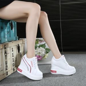 มี2สี] รองเท้าผ้าใบเสริมส้นสไตล์เกาหลี หนังไมโครไฟเบอร์ ผูกเชือก สวย ทรงสปอร์ต ส้นสูง 5 นิ้ว