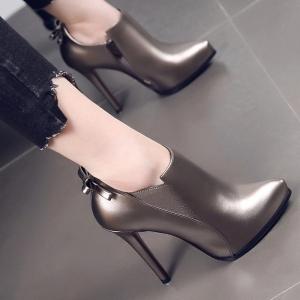 [มี2สี] รองเท้าบูทผู้หญิง แต่งโบว์ด้านหลัง ซิปด้านใน ทรงสวย แฟชั่นสไตล์อังกฤษย้อนยุค ส้นสูง 4.5 นิ้ว