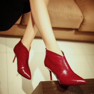 [มีหลายสี] รองเท้าบูทหัวแหลมผู้หญิง ส้นสูง ซิปด้านใน สวย แฟชั่นสไตล์อังกฤษทรงย้อนยุค ส้นสูง 3.5 นิ้ว