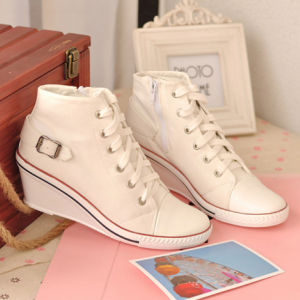 [มี2สี] รองเท้าผ้าใบส้นสูง ทรงหุ้มข้อ ผูกเชือก แต่งงเข็มขัดด้านหลัง ซิปด้านใน สวยเก๋ สไตล์เกาหลี