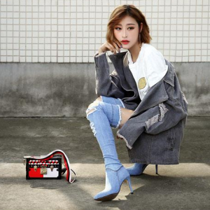 [มีหลายสี] รองเท้าบูทยีนส์ขาดแฟชั่นผู้หญิง หัวแหลมส้นสูง ซิปด้านใน บูทยาวเหนือเข่า ส้นสูง 3.5 นิ้ว สวยสไตล์เกาหลี