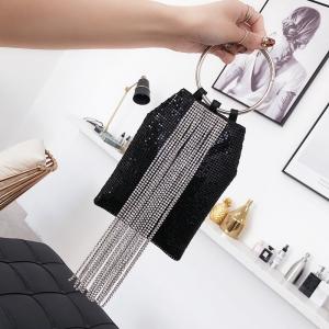 [มีหลายสี] กระเป๋าถือแฟชั่นแต่งเลื่อม ประดับโซ่ห้อยด้านหน้า หูจับเป็นโลหะกลมสวยหรูดูแพง