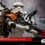 Hot Toys MMS392 ROGUE ONE: A STAR WARS STORY - STORMTROOPER JEDHA PATROL (TK-14057) thumbnail 5