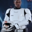 Hot Toys MMS367 STAR WARS: THE FORCE AWAKENS - FINN (FIRST ORDER STORMTROOPER VERSION) thumbnail 3
