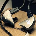 ขาย Auglamour AG-R8 หูฟังระดับ Hi-Fi เสียงดี เบสเด่น ถอดสายได้ (สีเงิน)