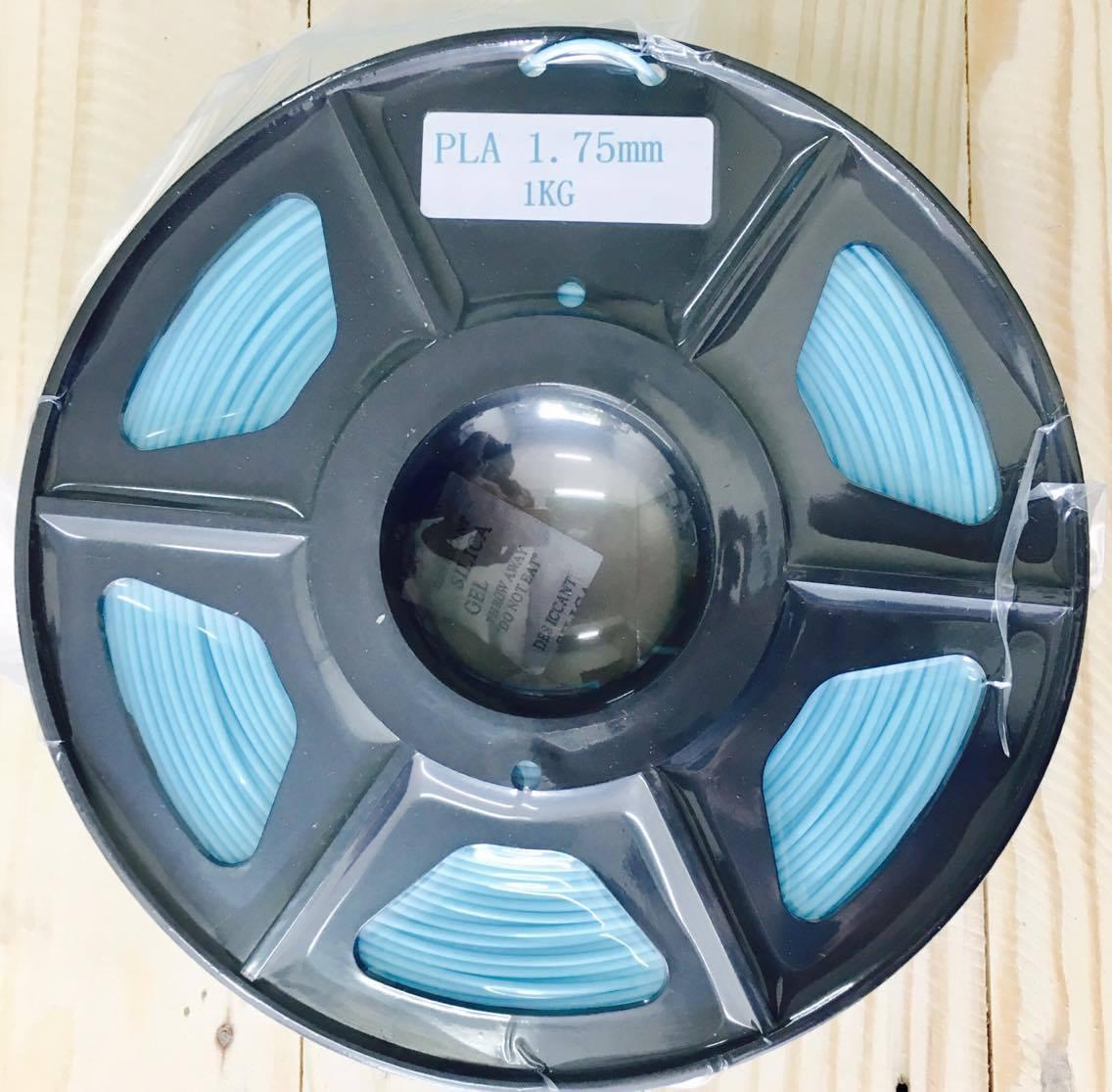 เส้นวัสดุ PLA ม้วนละ 1 กิโลกรัม (สีฟ้าอ่อน)